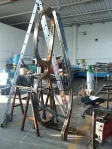 Scultura Occhiali - altezza 3 mt in acciaio corten