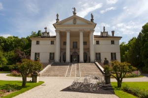 Esposizione Veneno Concept a Villa Sandi (Tv)